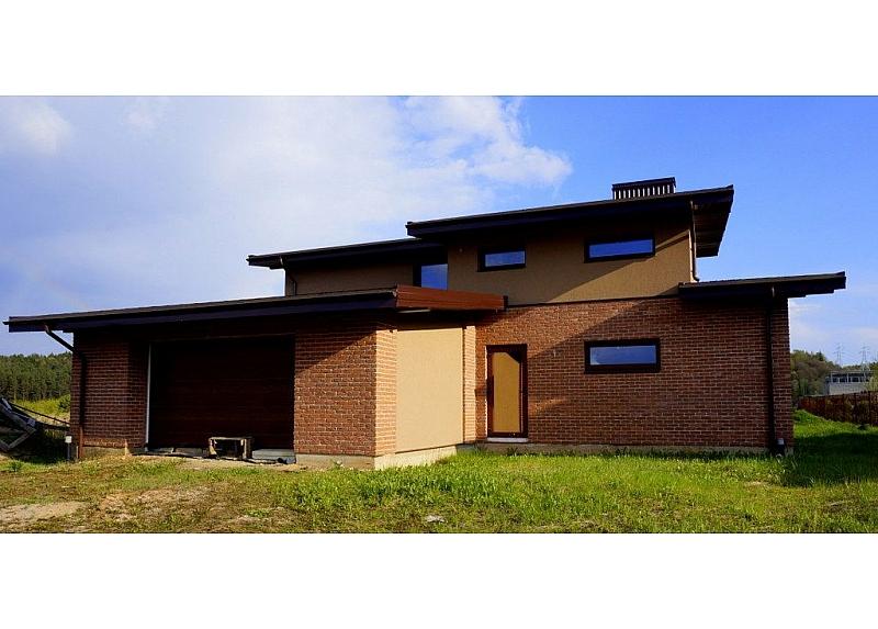 Naujos statybos namas su garažu Ginėnų k.