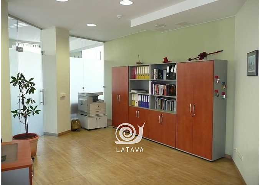 biuro-patalpos-zaliakalnyje-11