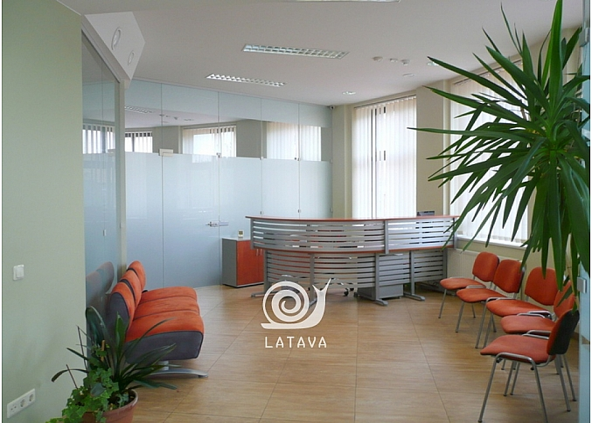 biuro-patalpos-zaliakalnyje-7